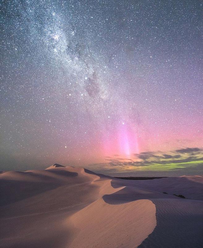 摄影师透过澳大利亚地图形状洞穴捕获南极光【2】
