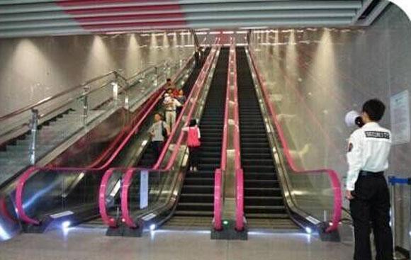 全国最深地铁站埋深超94米相当于31层楼高