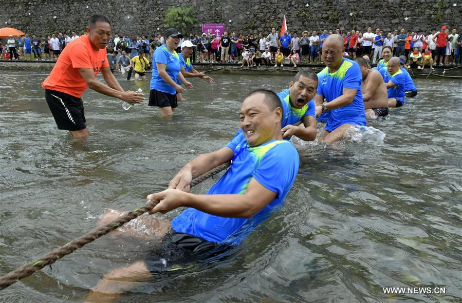 #CHINA-HUBEI-XUAN'EN-TUG OF WAR (CN)