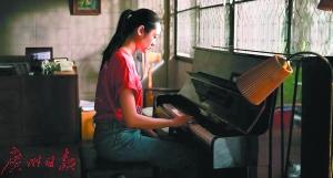 校園題材也能拍出高速節奏