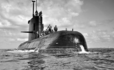 阿根廷一艘搭载40多人的海军潜艇失联