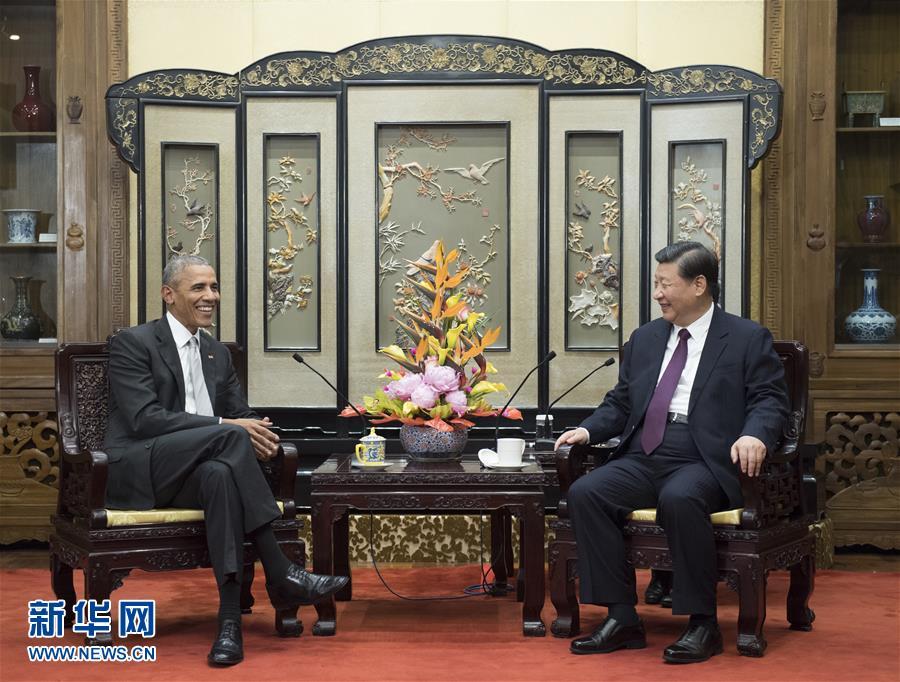(时政)习近平会见美国前总统奥巴马