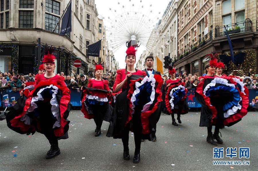 (国际)(1)伦敦举行巡游喜迎新年