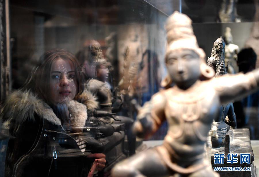 (国际)(1)旧金山亚洲艺术博物馆举行免费开放日