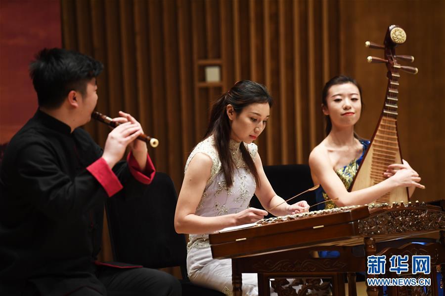 """(文化)(5)2018中国""""白俄罗斯旅游年""""开幕演出在重庆举行"""