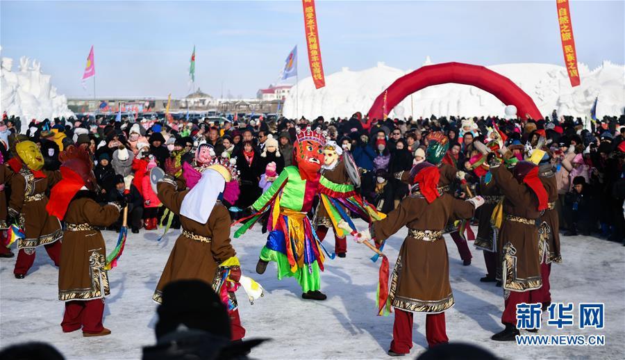 (社会)(3)内蒙古草原冬捕忙