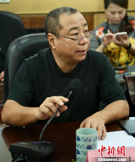 中国电影家协会副主席、著名导演尹力发言。 夏煜 摄