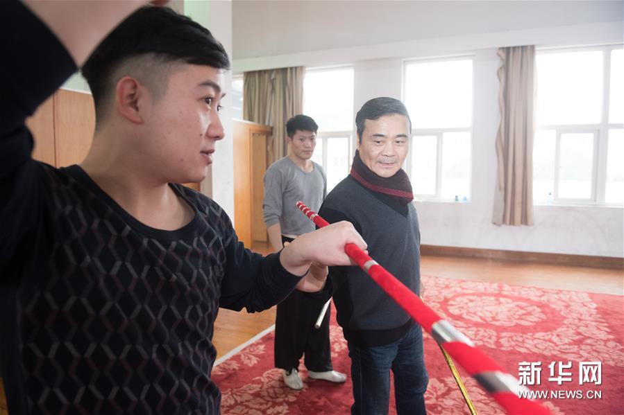 """绍剧院形成了以""""江南猴王""""刘建杨为核心的猴戏团队"""