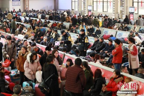 中国春运进入尾声客流量日趋平稳