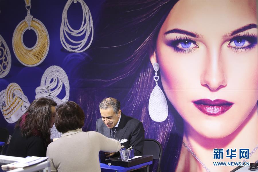 (国际)(2)纽约举行春季珠宝展