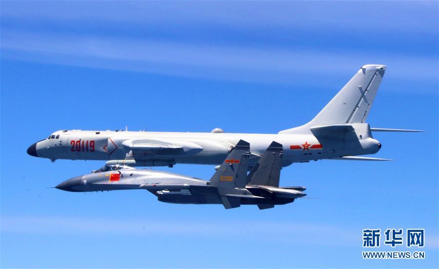 用战鹰航迹丈量祖国大好河山——在空军驻福建某基地作战指挥中心见证空军绕岛巡航