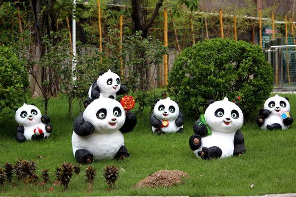 """来自成都的""""稀客"""",香市动物园早在半年前就开始筹建高规格的大熊猫馆"""