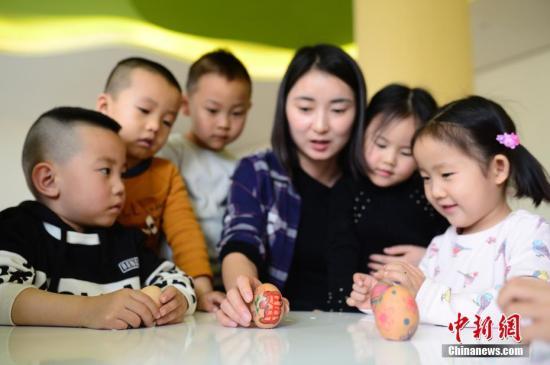 疯狂的幼升小培训:3岁培训面试、学前掌握3000汉字