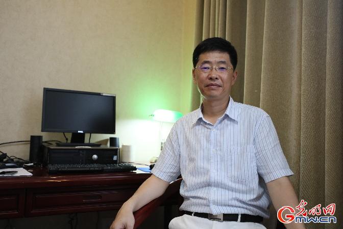 【光小明的文艺茶座】改革开放40年的中国文学:家国情怀始终如一