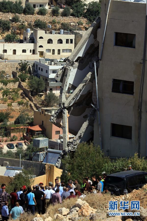 约旦安全部队与恐怖分子发生激烈交火