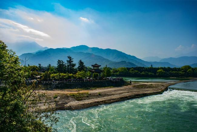 The Dujiangyan irrigation system [File photo: cctv.com]