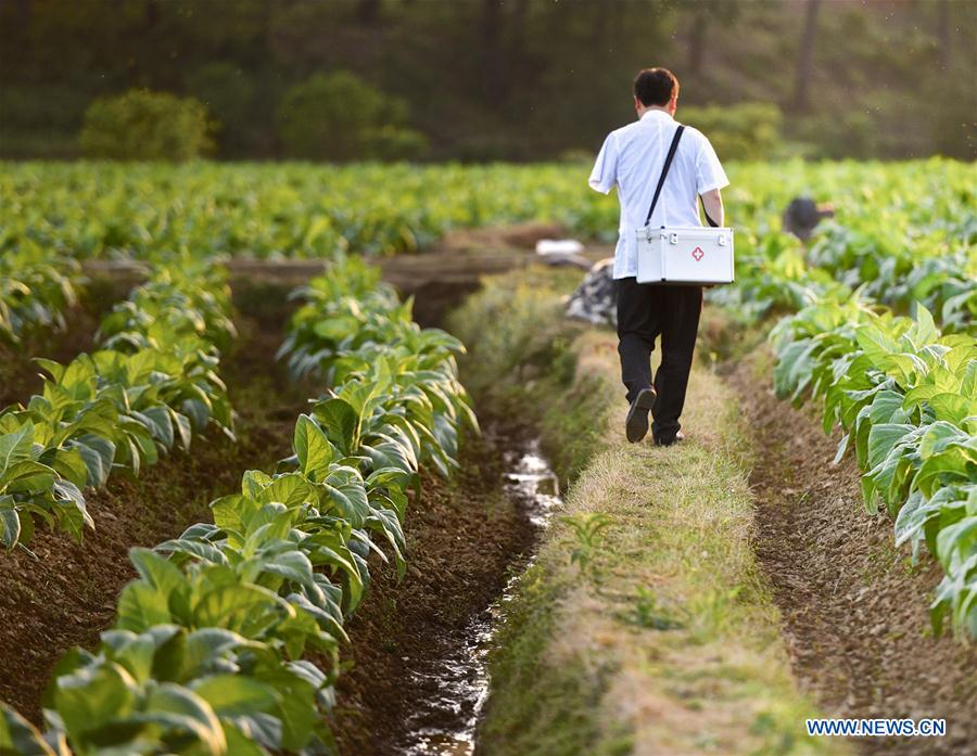 CHINA-MEDICAL WORKERS' DAY-RURAL AREA-HEALTH CARE (CN)