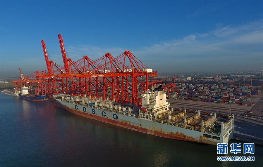 (經濟)(1)河北港口前7個月集裝箱吞吐量同比增長11.4%