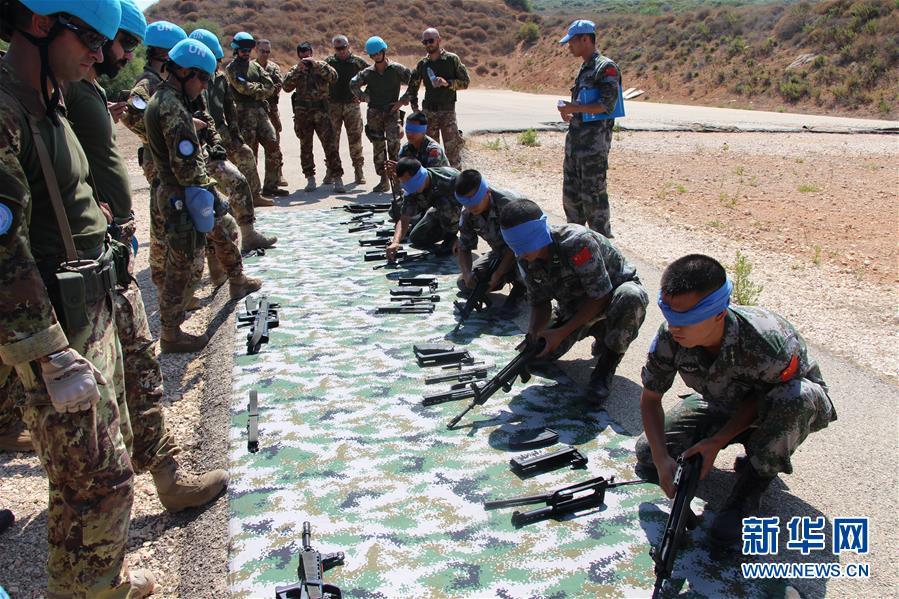 (国际)(1)中意赴黎维和官兵联合开展应急防卫和医疗救援训练