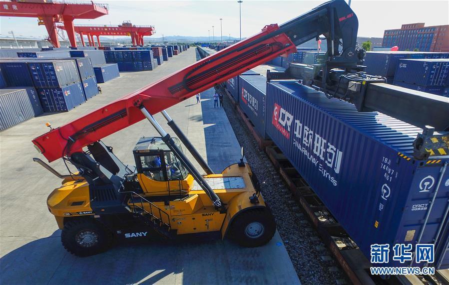(经济)(3)内蒙古开通又一条国际货运铁路线