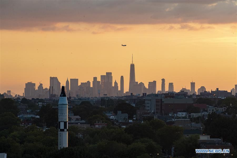 U.S.-NEW YORK-SUNSET