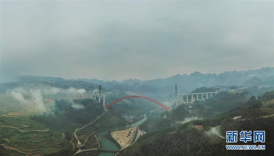(经济)(2)贵州大小井特大桥建设进入冲刺阶段