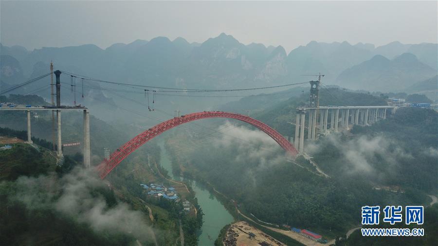 (经济)(3)贵州大小井特大桥建设进入冲刺阶段