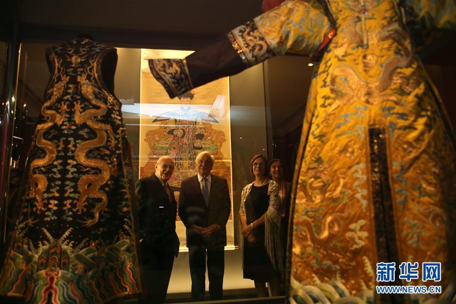 (国际)(1)中国故宫文物展在希腊举行