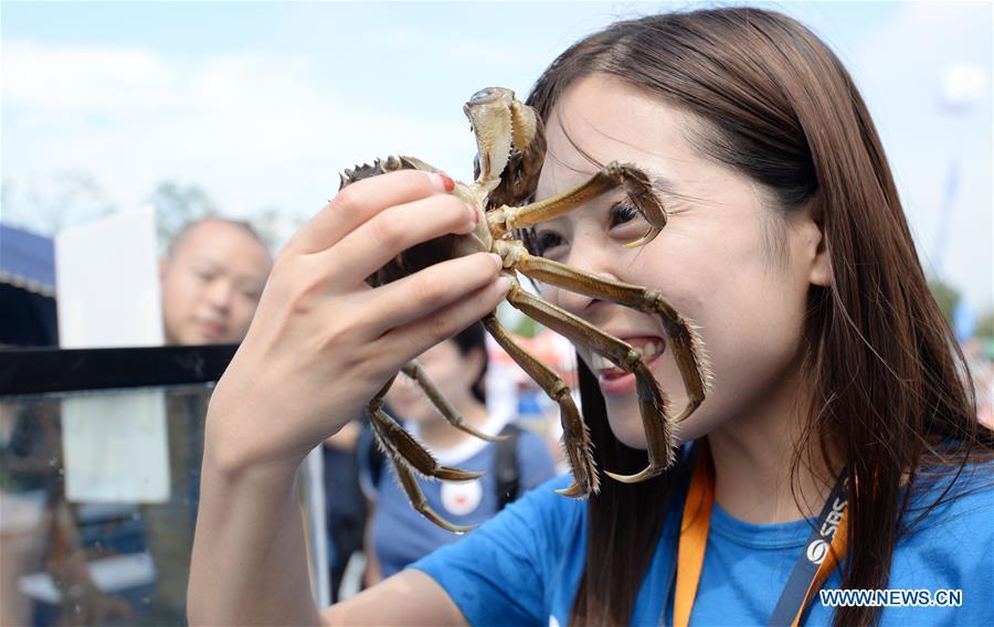 #CHINA-SUZHOU-FOOD CULTURE-CRAB-FESTIVAL (CN)
