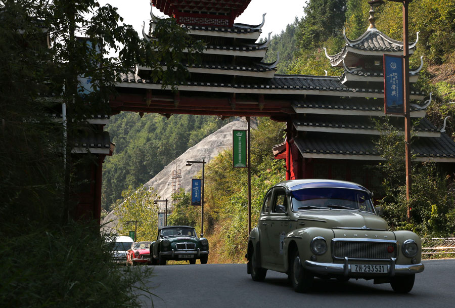 Vintage cars on epic trip arrive in China
