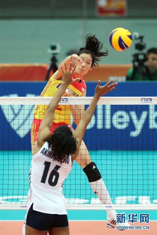 (体育)(3)排球――女排世锦赛:中国胜美国