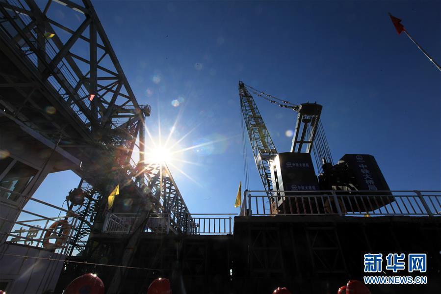 (经济)(4)中俄首座跨界河铁路大桥中方段主体工程完成