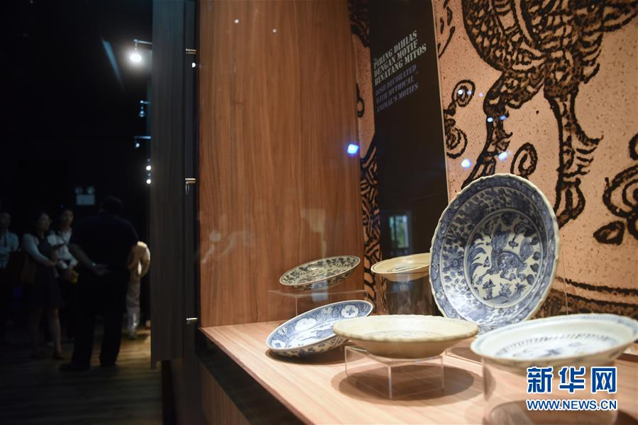 (国际・图文互动)(2)中文交往与海上丝路的历史见证――访文莱海事博物馆
