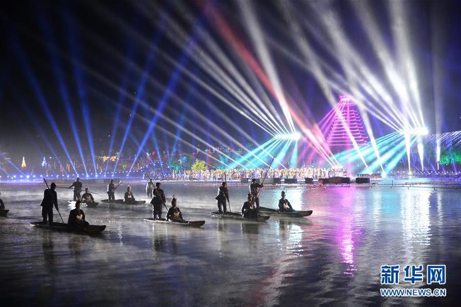 #(社會)(1)貴州黎平:侗年燈光秀 歌舞展非遺