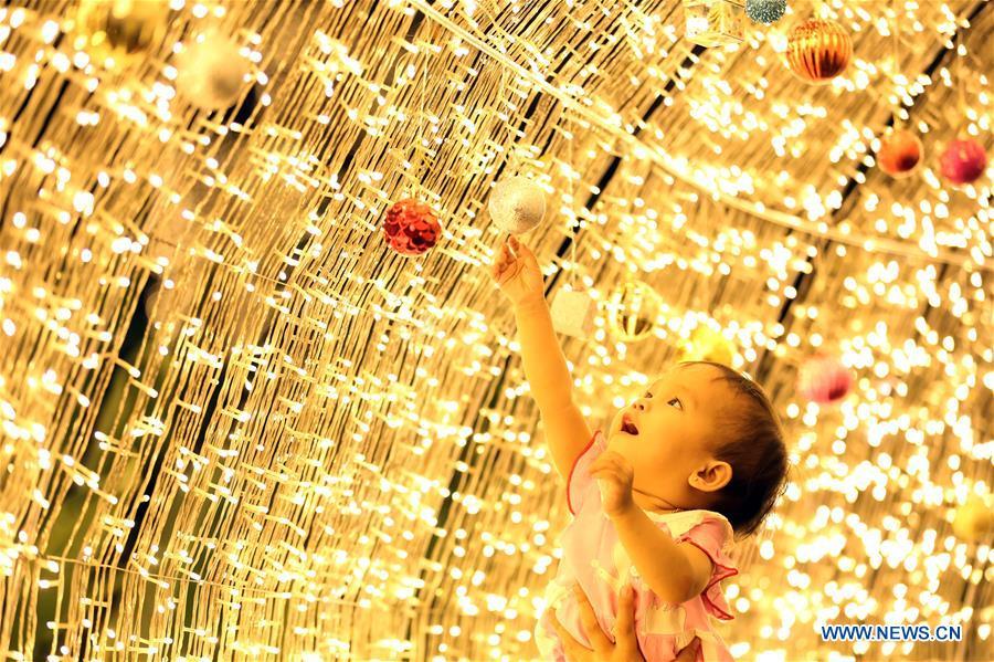 MYANMAR-YANGON-CHRISTMAS LIGHT DECORATION