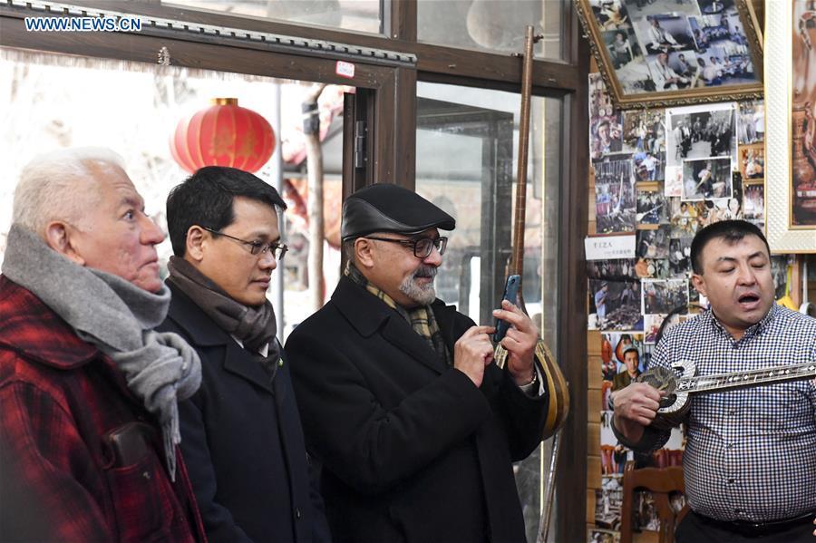 CHINA-XINJIANG-UN-GENEVA-DIPLOMATS-VISIT (CN)