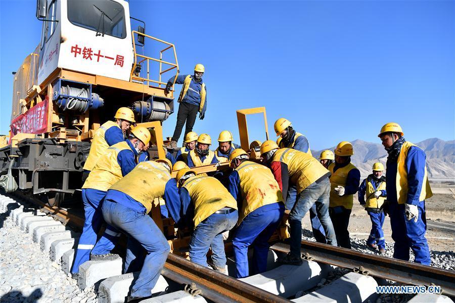 CHINA-LHASA-NYINGCHI RAILWAY-CONSTRUCTION (CN)