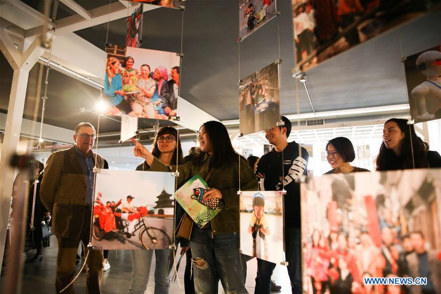 """Exhibition """"Photographic Journey to China: Cities and Citizens"""" held in Italy"""