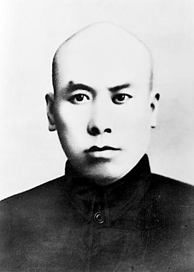 七次被捕的工农运动英雄乔国桢