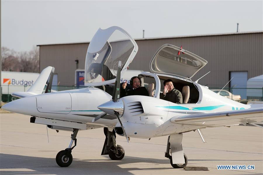 Chinese man starts around-the-world flight in Chicago