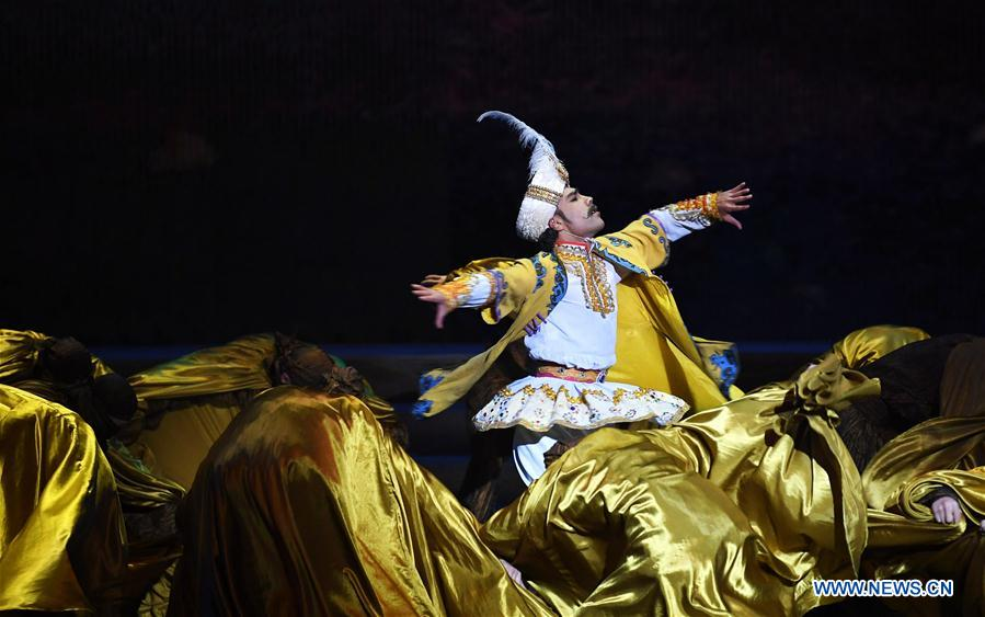 """Dance drama """"Flower Rains along Silk Road"""" staged in Dunhuang, NW China"""