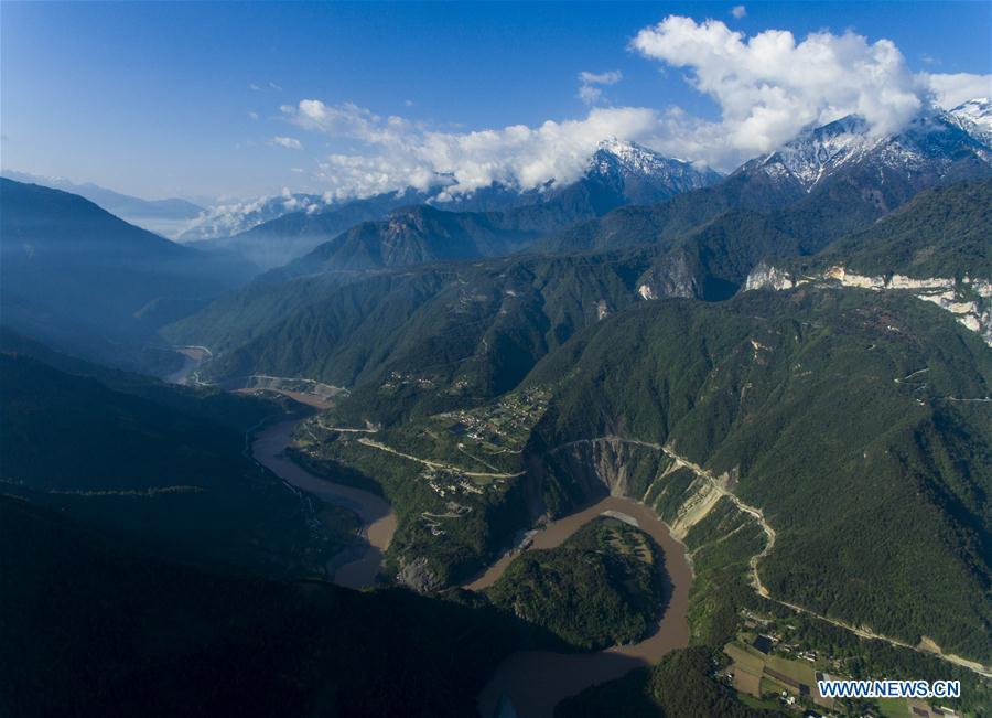 Scenery of Nujiang River in Bingzhongluo Town in SW China's Yunnan
