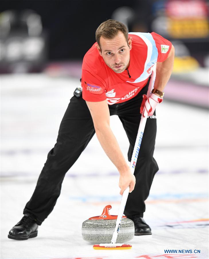 (SP)CHINA-BEIJING-CURLING-WCF WORLD CUP GRAND FINAL-DAY 3(CN)
