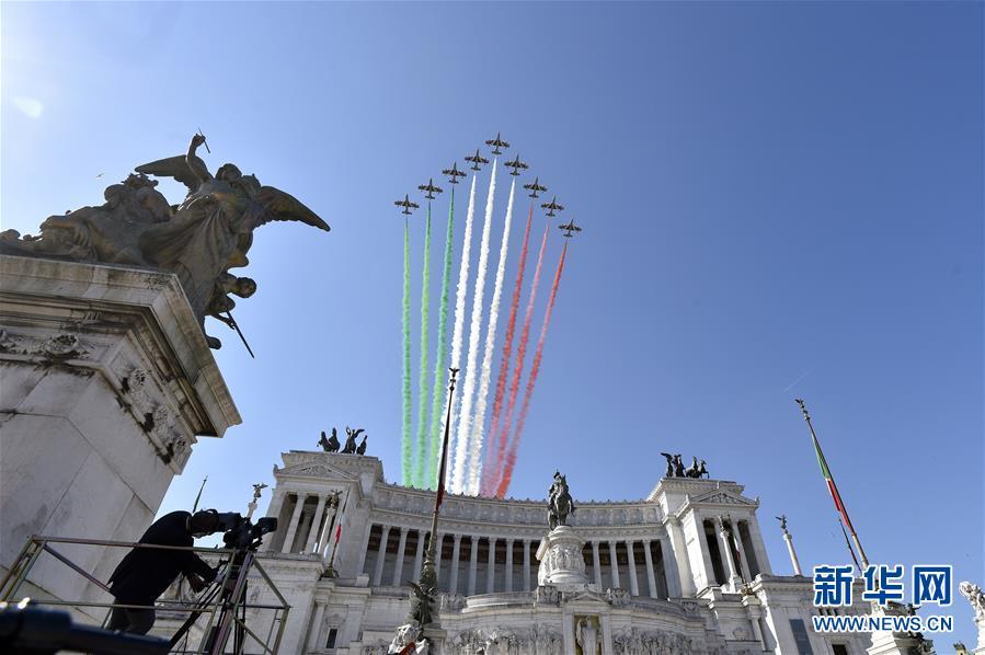 (国际)(1)意大利庆祝共和国日