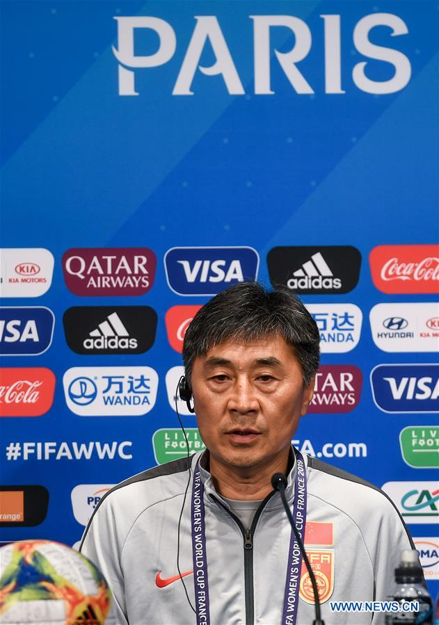 (SP)FRANCE-PARIS-2019 FIFA WOMEN'S WORLD CUP-GROUP B-CHINA-OFFICIAL PRESS CONFERENCE