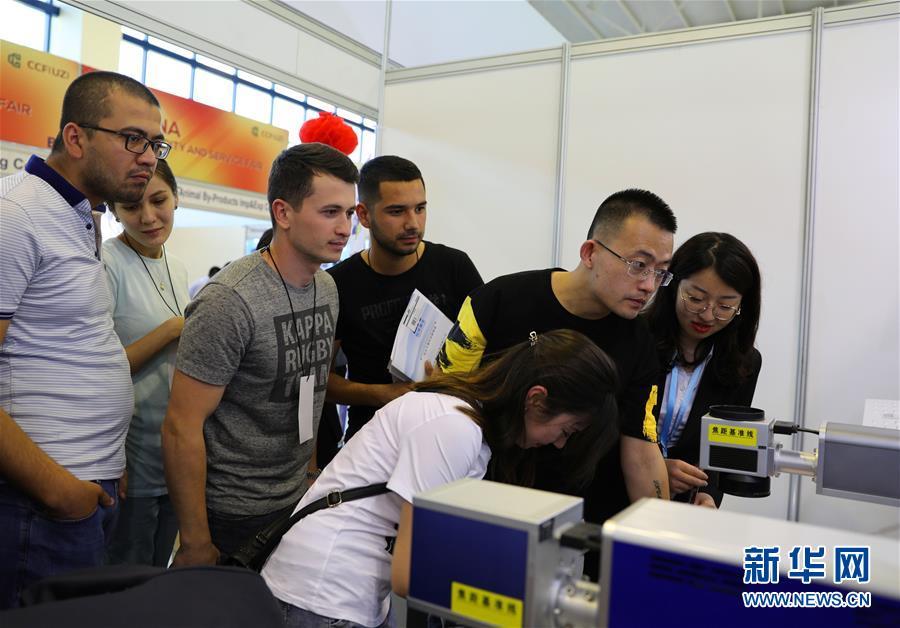 (国际)(2)中国商品和服务展助推乌兹别克斯坦和中国经贸合作