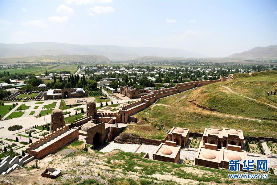 (国际)(3)探访吉萨尔城堡