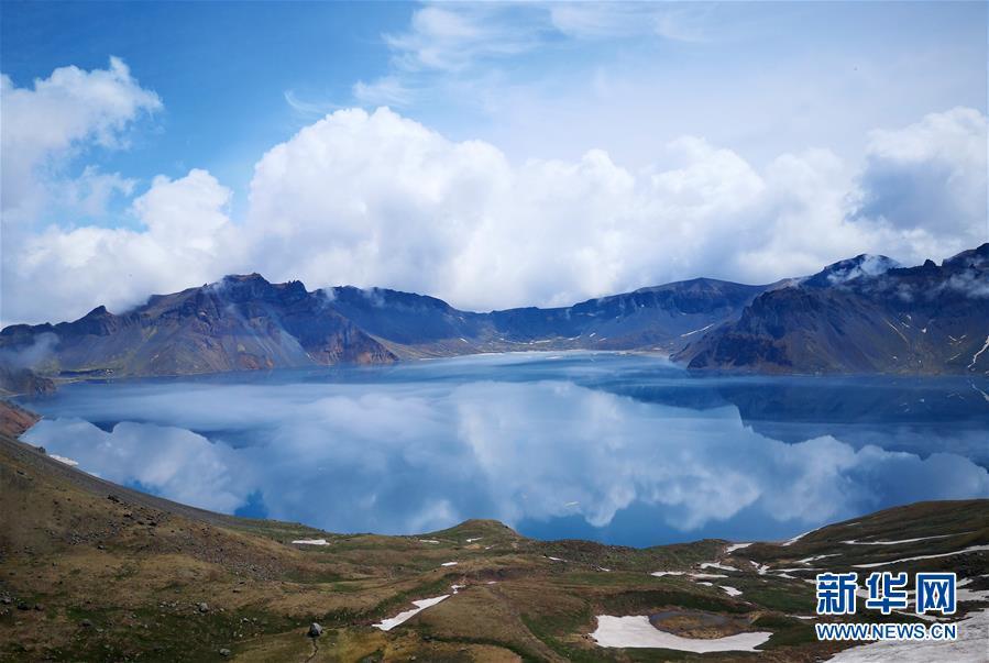 (环境)(1)长白山景区迎来旅游旺季