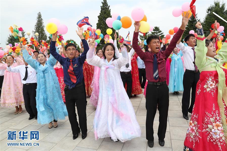 (XHDW)(6)朝鲜民众热烈欢迎习近平