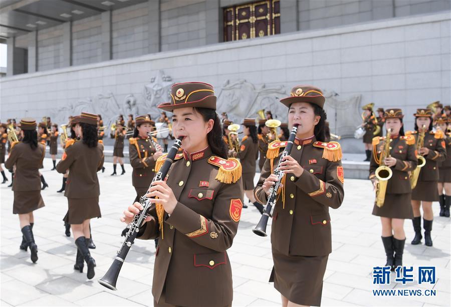 (XHDW)(8)朝鲜民众热烈欢迎习近平